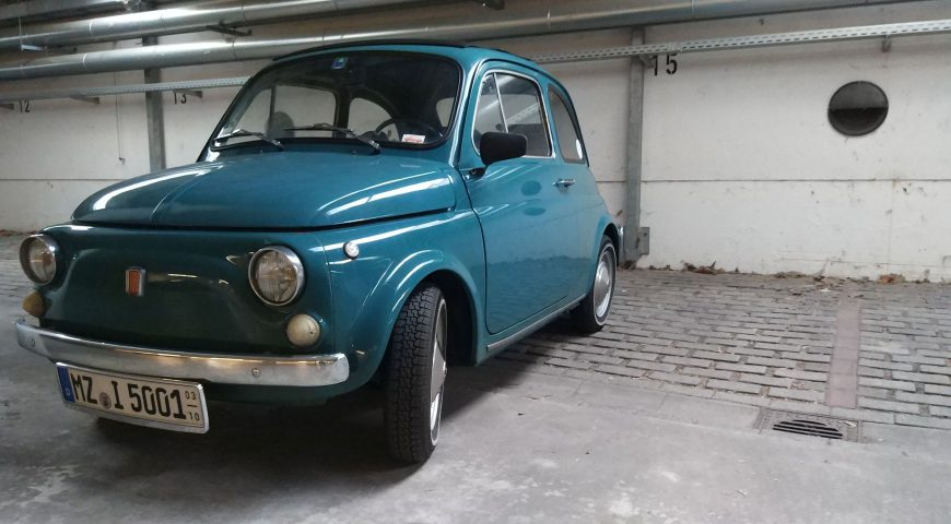 Fiat 500 in der Tiefgarage